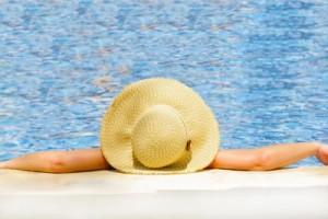 Do Essential Oils Really Cause Sunburn? The Truth Behind Photosensitivity